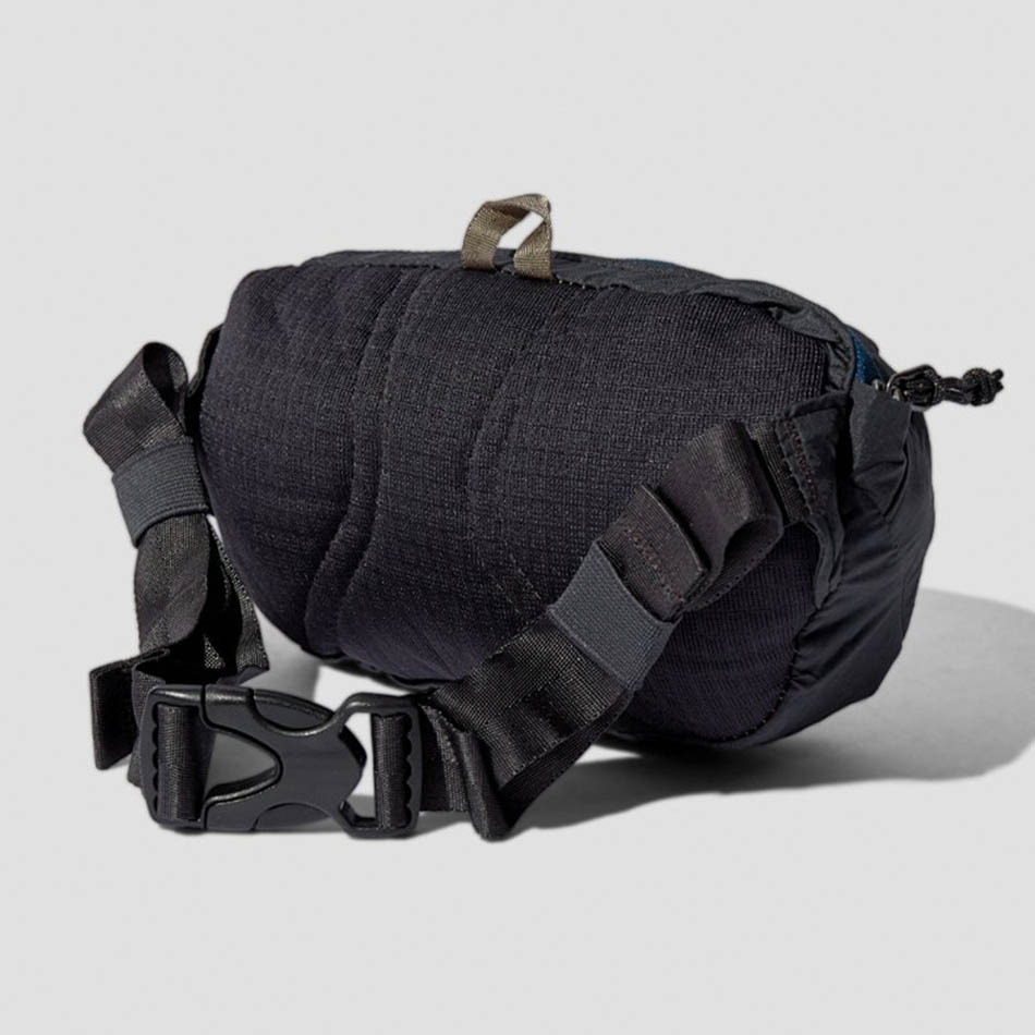 Patagonia Ultralight Black Hole Mini Hip Ink Black